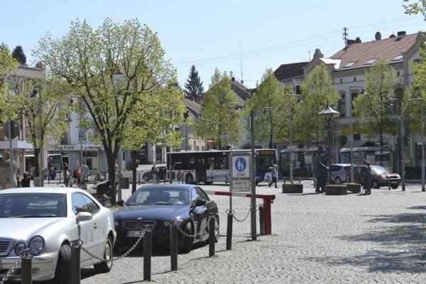 Dudweiler - Alter Markt im sommer